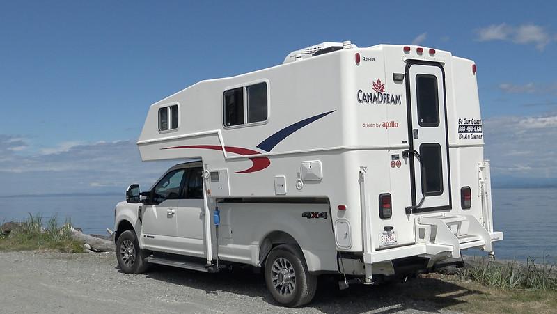 CanaDream Truck Camper TCA