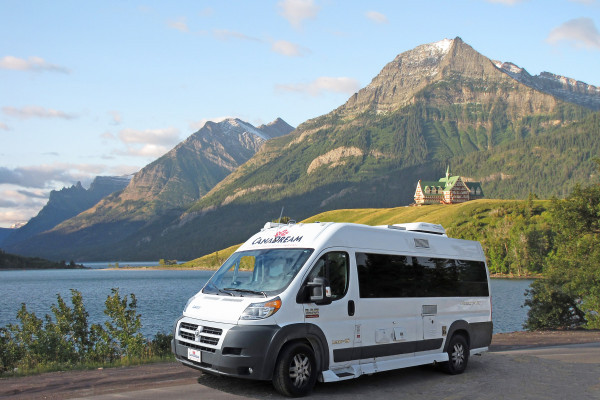 CanaDream Deluxe Van Conversion DVC
