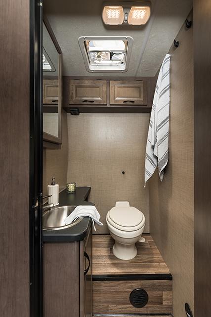 Cruise Canada C30 toilet douche