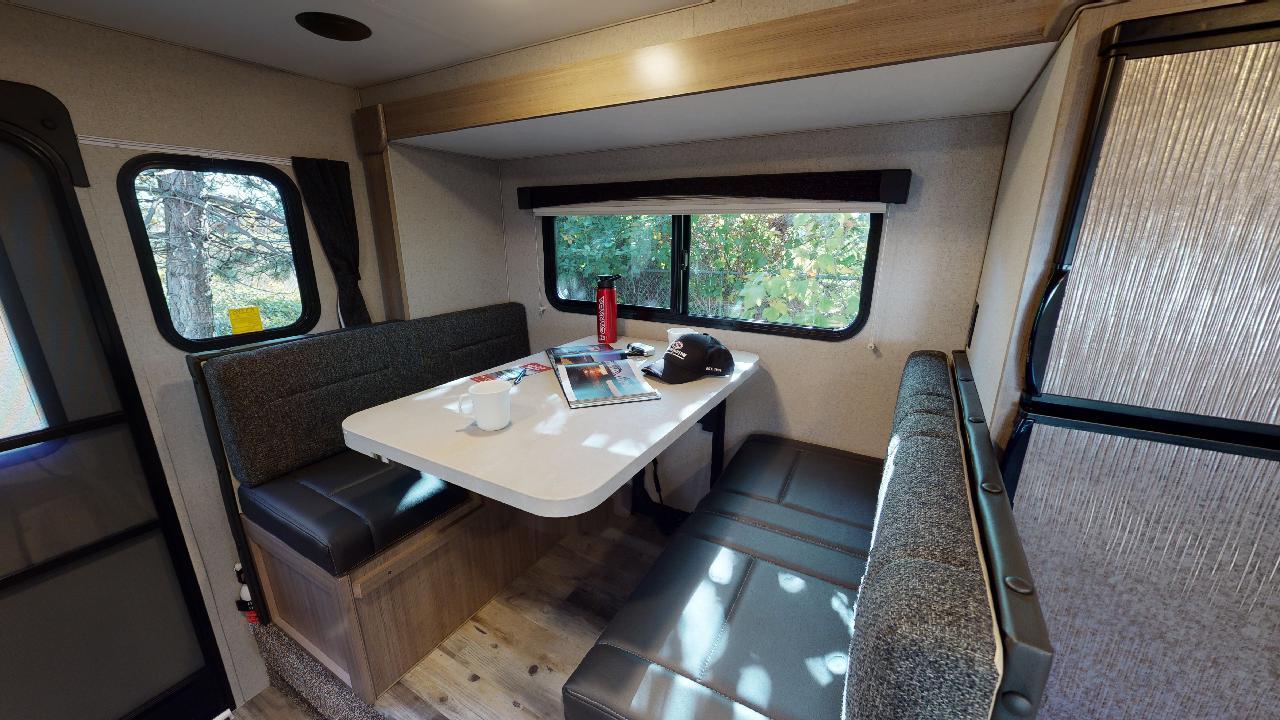 Fraserway Truck Camper Slide-out