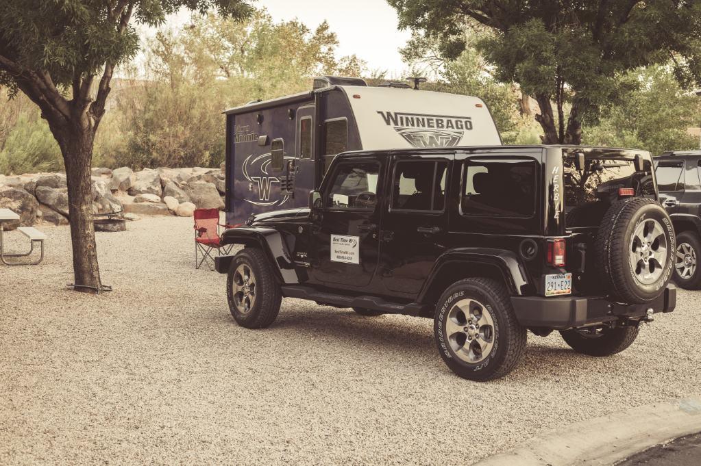 Best Time Jeep en caravan